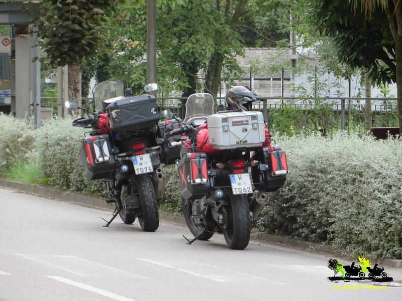 ausrüstung für motorradreisen